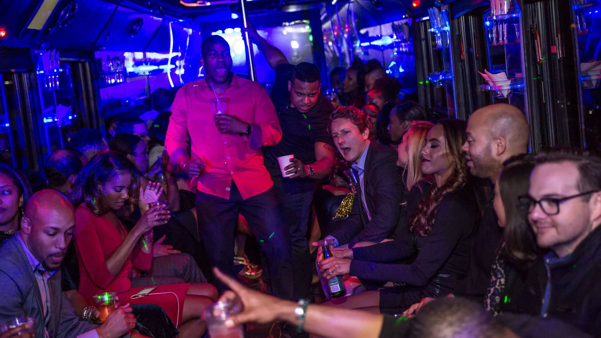 Party Buses – A venue for Fun Parties