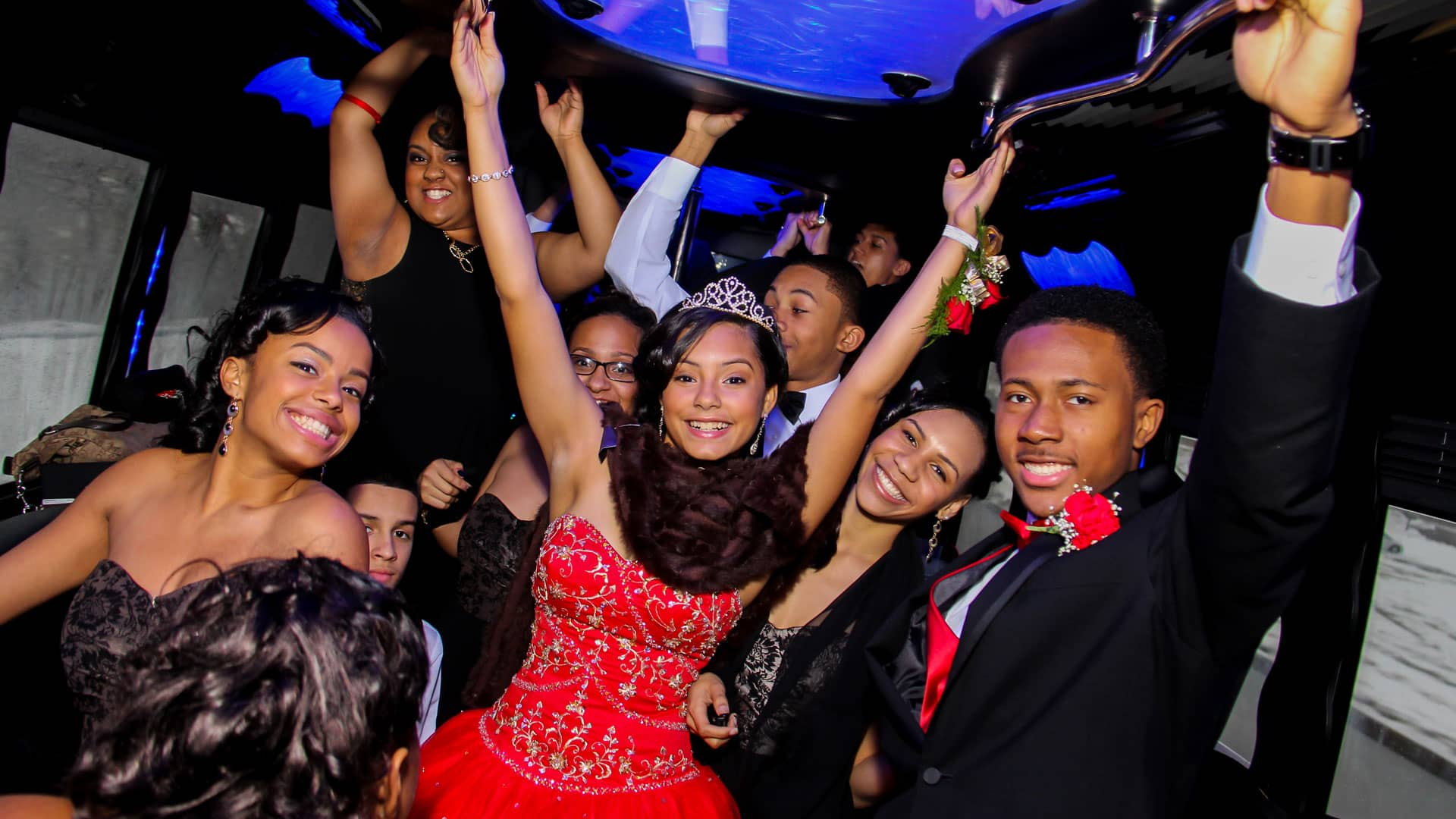 Quinceanera – Celebrate it on a Party Bus